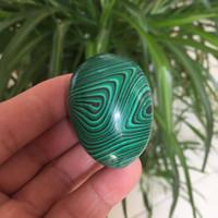 Kostenloser Versand Großhandel Natürliche Malachit Quarz Kristall Yoni Eier Kristall Massage Eier für Weihnachtsgeschenk