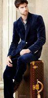 Kerbe Revers Marineblau Samt Männer Anzug Slim Fit Smoking 2017 Mode Anzüge Blazer Mit Hosen Abendessen Prom Anzüge (Jacke + Pants + Bow)