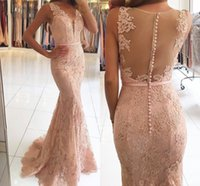 2017 Rosa Sexy scollo a V senza maniche abiti da sera sirena pieno pizzo Sheer Covered Button Zipper indietro Prom Dresses Partito arabo usura