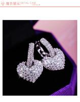 Europäische 925 Sterling Silber Nadel hohlen geschnitzten Ohrringe weiblichen Kristall von Swarovski einfache Temperament Wild Anti-allergisch