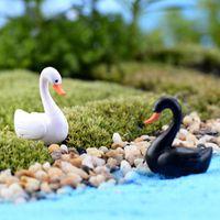 Cute Love White Black Swan Resina Artigianato Decorazioni Mini Animal Decor Cartoon Dolls Paesaggio Ornamento Fairy Garden