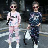Großhandel - Kinder Kleidung Sets für Mädchen Sportanzüge Baumwolle Sporstwear Graffiti Kinder Trainingsanzüge Brief Mädchen Outfits 4 6 8 10 12 Jahre