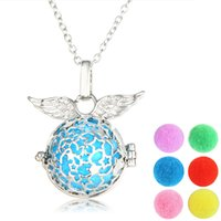 Collier Locket Open Aromatherapy Locket Différent Huile Essentielle Perfume Aromathérapie Angel Wings Hollow Star Lockets Collier Pour Femmes