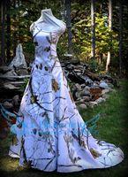Vestido de boda de camuflaje con nieve de REALTREE Vestido de novia con hombros descubiertos de CAMO con cuello tren 2017
