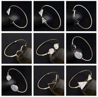 Nuovo arrivo Hot Stones Marble Triangle Aperto Trend Turchese Aperto Braccialetto in lega singola FB177 Mix Order 20 pezzi MOLTO Bracciali di fascino