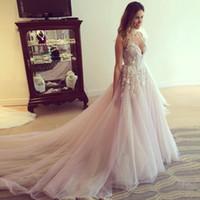 Мода Blush Pink Свадебные платья Sexy декольте Аппликация Zipper Backelss платье невесты Очаровательная органза Часовня Поезд свадебное Gowns