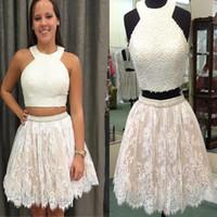 Halter Halsausschnitt Zwei Teile Crew Birne Perlen Spitze Applique Kurzweiß Homecoming Dress Prom Kleid mit Applikationen