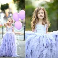 Lavanda Halter Vestidos Da Menina de Flor Com Apliques Coloridos Tule Meninas Em Camadas Pageant Vestidos Até O Chão Vestido de Festa de Aniversário Do Bebê Barato