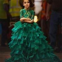 2021 Emerald Green Junior Girl's Pageants Vestidos para adolescentes Princesa Flores Vestidos Vestidos de Fiesta de Cumpleaños Vestido Bola Vestido Bola Organza Manga larga