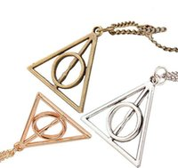 Harry Potter Deathly Hallows Necklace Triangle Gift Antigo Cobre Prata Gold Movie Jewelry 2000pcs 3 Colors OOA2253