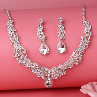 Perlas de plata de la flor de la flor del collar nupcial Tiara pendiente del arete 3 unidades de la joyería trajes de boda nupcial joyería P419003