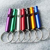200pcs / lot Aluminiumlegierung Pet Hundetraining Pfeife Erste Hilfe im Freien Pfeife mit Schlüsselring Mischfarben erhältlich
