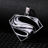 Comercio al por mayor de Moda Unisex de Hombres Mujeres Superman Sign Astilla de Acero Inoxidable Cruz Colgante Collares de Cadena de Artículos de Joyería Masculina
