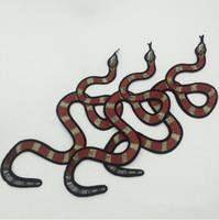 20 pz Patch adesivo serpente per abbigliamento patch parches ricamato giacca Jean vestito etnico tessuto patchwork biker palcoscenico distintivo appliques fai da te