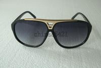 1 paire de lunettes de soleil preuve pour les hommes et les femmes lunettes de soleil lunettes noires viennent avec cas 4colors de choisir