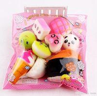 Hot10pcs / lot squishies juguete Slow Rising Squishy Rainbow sweetmeats helado pastel de pan de fresa Charm teléfono correas suaves juguetes de frutas