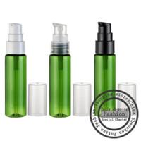 Venta caliente, 50 piezas, 30 ml Botella de pico de hombro plana verde (bomba de polvo), envases de cosméticos, botella de spray de perfume
