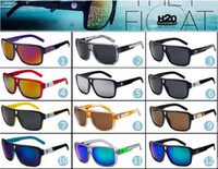 2017 Venda de moda esportiva nova óculos de sol, homens e mulheres com óculos de sol, moda colorida óculos de sol por atacado