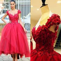 2017 Red Ball Gown Vestidos de Festa de Baile 3D Floral Apliques Oi Lo Chique Vestidos de Noite Chá Comprimento Mangas Capô Sheer Neck Vestidos Árabes