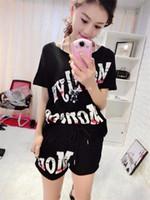 2018 Set da donna T-shirt a manica corta Tops e Shorts Tute felpate Donna Summer Tute Runway Outfit Set da due pezzi Sporting Sui