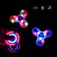 Nouveau Crystal Wireless LED Light Transparent Haut-parleur Bluetooth Hand Spinner Fidget Tri Spinner Anti Stress Toy EDC Kid Jouets pour adultes