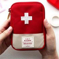 Kit portátil de primeros auxilios de viaje al aire libre Medicina bolsa Home Small Medical caja Emergencia píldora de supervivencia caso R3 envío gratis