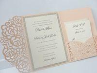 Light Pink Wedding Invitaciones Plata Glitter Graduation Fiesta de la noche Invita la impresión negra gratuita