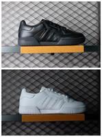 low cost 9eb24 3d522 2018 Kanye West Calabasas Powerphase Calabasas CQ1693 Hombres Mujeres  Zapatillas de cuero superior con Calabasas laterales Zapatos al aire  libre36-45