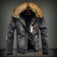 Colletto in pelliccia da uomo di spessore giacca di jeans retrò strappato caldo pile di jeans giacca invernale cappotto casual parka per uomo YF-27