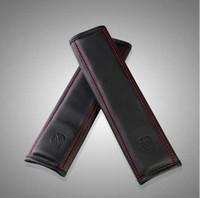 2pcs / paia Car Seat Belt Padding Automobiles Accessori interni Car Safety Belt Coprispalle in pelle imbottitura Imbracatura