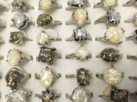 Groothandel fshion 30 stks / partij gemengde vintage shell ringen gemengde maten en vormen vrouwen mode-sieraden ringen