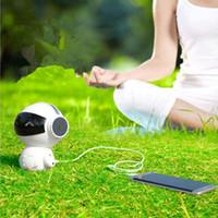 Neueste drahtloser Bluetooth-Karikatur-Roboter Tragbare Mini-Bluetooth-Lautsprecher Stereo-Musik-Lautsprecher-Energien-Bank-Player 10pcs Receive / lot