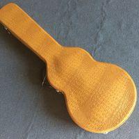 Neue Art, Qualitätskundenspezifischer LP-Standard-E-Gitarrenkasten, Krokodilhaut, gelbes Leder, rotes Futter, freies Verschiffen
