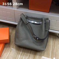 LVLOUISBAGVITTONLV C9R7 New Shoulder Sturdy Wide Soft Ideal Outdoor Casual Bags Women Real Leather Lichee Grain Com Bnail