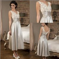 2018 Sexy Lace Satin A- Line Tea Length Mothers Dresses V Nec...
