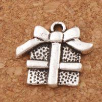 Weihnachtsgeschenkbox Mit Band Bogen Charme Perlen 120 teile / los Anhänger Modeschmuck DIY Fit Armbänder Halskette Ohrringe L394