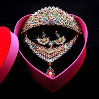 Свадебные ювелирные изделия Кристалл Трехсекционный набор Павлин Ожерелье Серьги Crown Tiara Горный Хрусталь Головной Уголов Свадебные Платье Аксессуары Retail