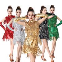 Bühnenverschleiß Latin Tanzkleid Frauen / Mädchen / Dame Sexy Fransen Salsa / Ballsaal / Tango / Cha Cha / Rumba / Samba Flamengo Wettbewerb Kleider