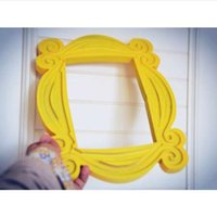 New Friends Frame TV Mostra Monica Photo Frame Door Giallo Very Good Finish - Loveful