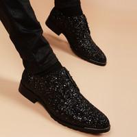 أحذية رجالية أكسفورد البريطانية العصرية أحذية جلدية الشباب مثير لامعة جلد shoesmens اللباس الرجال اللباس أحذية