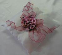 الوسائد الدائري كامو 18 * 18 سنتيمتر الوردي كامو الزهور الزهور الزفاف جودة عالية