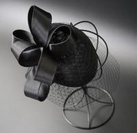 Elegante 2018 Top Calidad Pájaros Veils Sombrero de boda nupcial con clip Black Tulle Body Party Tarde Fascinator Hats Accesorios de boda