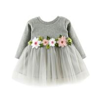 11db15d5f956 Le neonate di autunno vestono i vestiti da cerimonia nuziale della  principessa della manica lunga della maglia della rappezzatura sveglia del  fiore casuale ...