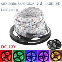 Super Bright 5m 5630 5050 3528 SMD 60LED / M LED Strip Strip Light Waterproof Flexble 300led Cool / Pure / Caldo Bianco / Rosso / Blu / Verde 12V