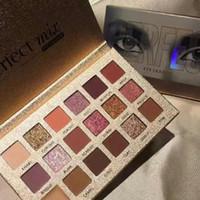 Stokta !!! En Kaliteli SıCAK Makyaj Paleti !! Güzellik Sırlı Mükemmel 18 renkler Göz Farı paleti Mat pırıltılı metalik Göz farı DHL kargo