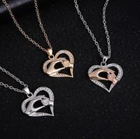 wyprzedaż złoto srebrny moda ręka wisiorek naszyjnik z kryształami rodziny miłość serce naszyjniki damskie jakości Jedzisz