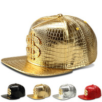 Nuevos llegados. Gorra de béisbol 2018 Hombres VIP Cocodrilo Grano Sombrero  de cuero Signo de dólar Hombre DJ Street Dance Hip Hop Snapback Gorras ... b44c469044f