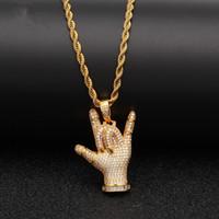 Hip Hop ICED OUT Te amo Gesto Colgante Collar Dorado Plateado Plateado Micro Pavimentado Zircon Hielo Joyería para Mujer Regalo