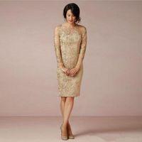 Nuova manica lunga pizzo trasparente abiti corti madre della sposa guaina al ginocchio lunghezza champagne abiti da festa di nozze scoop applique moda