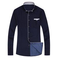Nueva impresión de la moda Casual Hombres Camisa de manga larga Costura Moda Diseño de bolsillo Tela Suave Cómodo Vestido de hombre Estilo Slim Fit Tamaño asiático